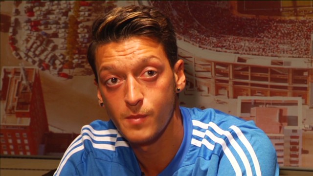 Ozil, Real Madrid, MAN United, Arsenal,