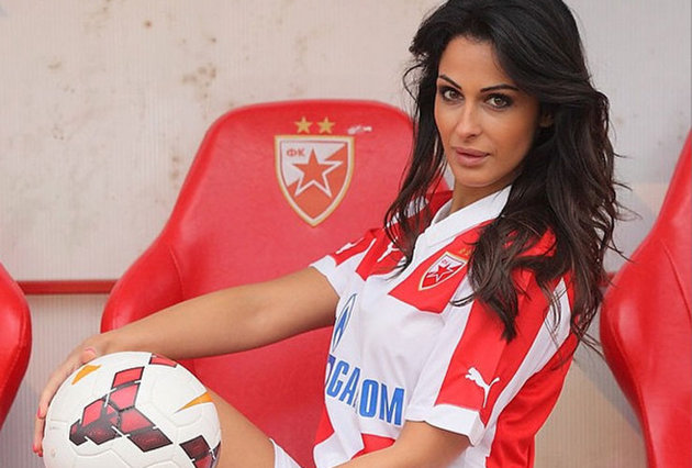 Red Star reporter told to leave touchline for being too attractive