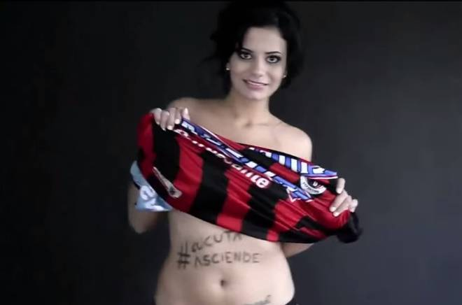 Colombian journalist takes her KIT OFF after Deportivo Cucuta get promoted