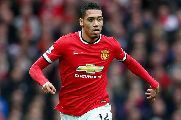 Arsenal to raid Manchester United for £12m Defender