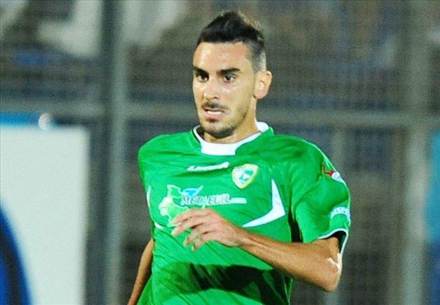Liverpool tables a bid for Italian international defender