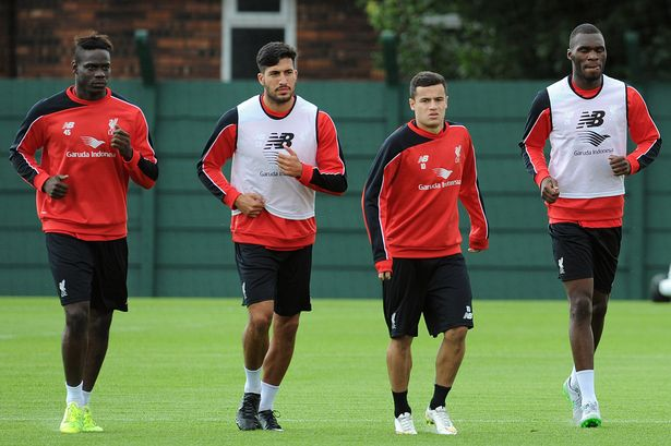 Benteke trains with his new Liverpool teammates while dreaming about trophies