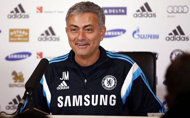 Classic Mourinho! As Chelsea tries to HIJACK Manchester United £36m TRANSFER