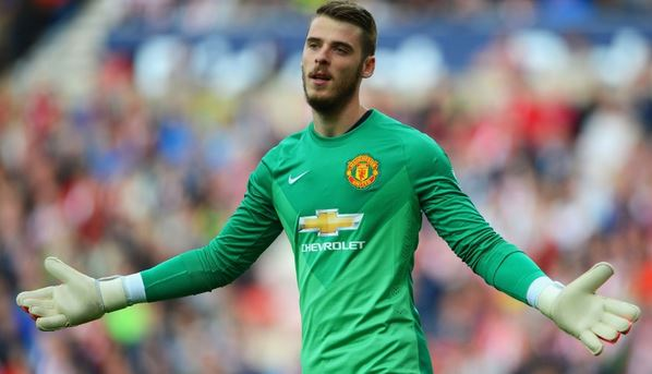 Former Manchester United Goalkeeper is DISMAYED by what is happening with David De Gea (audio)