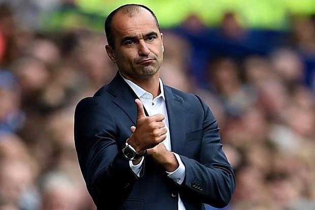 Everton boss Roberto Martinez tells Chelsea skipper John Terry to SHUT IT!!!
