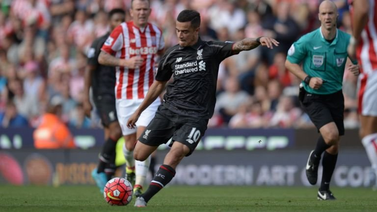 Liverpool Striker Stuns Stoke with Amazing Solo Goal (video)
