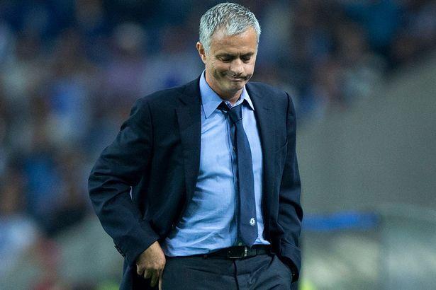 Mourinho survives crisis meeting at Stamford Bridge
