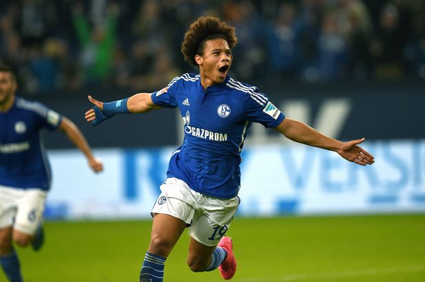 Manchester United to battle Liverpool for Schalke Star (video)