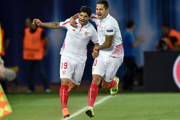 Manchester United step up interest in Argentine Midfielder