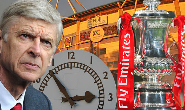 Arsenal legend targeted to replace Wenger at the end of the season